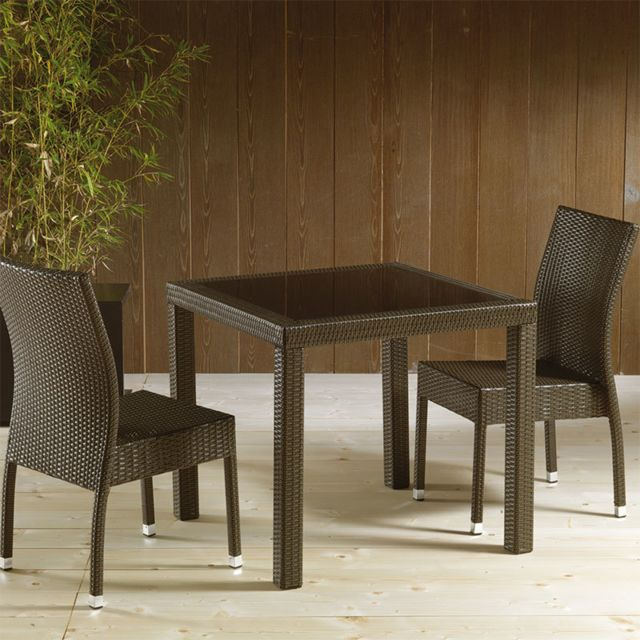 Table de jardin en résine tressée marron et en verre MIMOSA