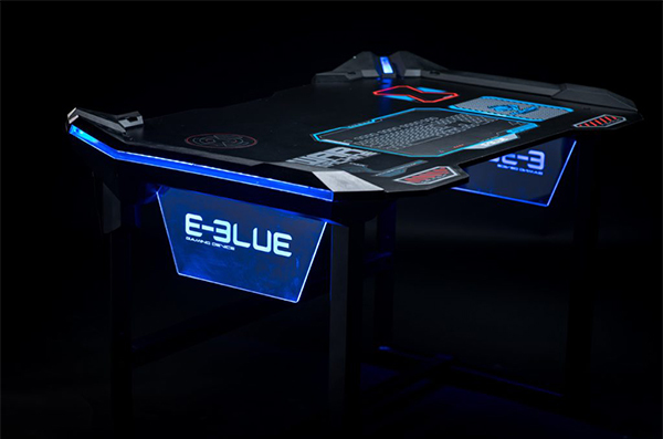 E blue bureau gamer éclairage led pour gaming et esport egt536
