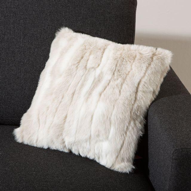 Comptoir Des Toiles - Coussin fausse fourrure loup blanc Sweet Home - 40x40cm 0cm x 0cm