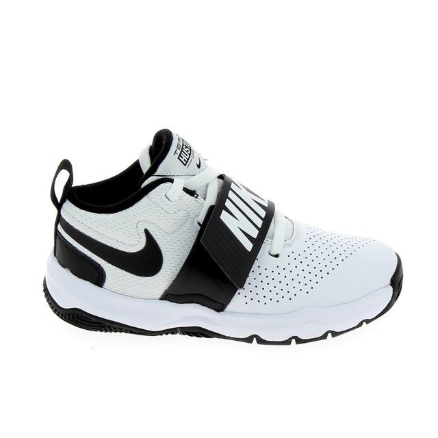 Nike Team Hustle D8 Jr Blanc Noir pas cher Achat Vente
