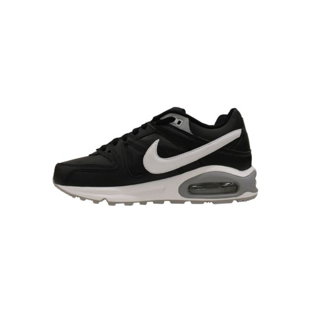 Nike Basket Air Max Command Leather Noir 749760 010 pas