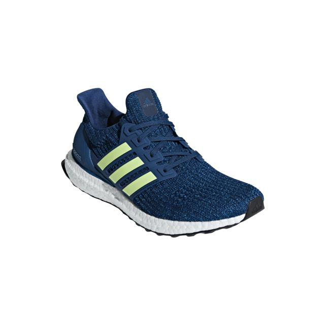 10d43899cad Adidas - Chaussures Ultraboost - pas cher Achat   Vente Chaussures running  - RueDuCommerce