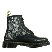 on feet shots of fantastic savings meet Boot Dr Martens 1460 Scribble 25245009