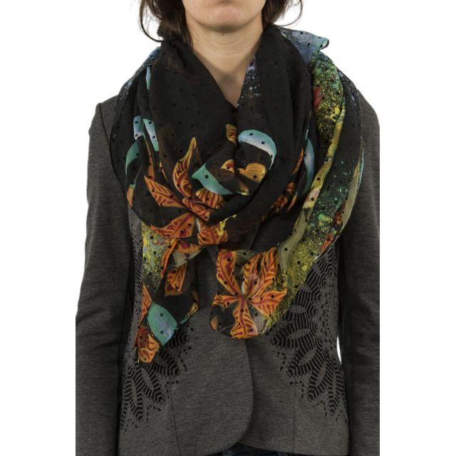 Desigual - Foulards 18waww11 tiger flower noir - pas cher Achat   Vente  Echarpes, foulards - RueDuCommerce 6f1b6bca5f8