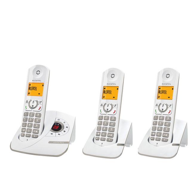 ALCATEL Téléphone Fixe Sans fil Avec répondeur F330 Voice Trio Gris Alcatel F330 joue la carte de la séduction avec 4 nouvelles couleurs acidulées pour mettre de la gaieté à la maison !