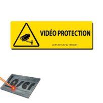 """Plaque gravée autocollante 30x10 /""""Vidéoprotection/"""" fond jaune"""
