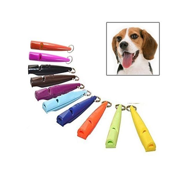 Wewoo Accessoire de dressage pour animaux de compagnie avec porte-clés, Couleur Aléatoire 10 Pcs chien cheval sifflet arrêter