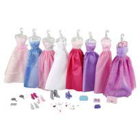 Jenny - Poupée : 8 robes et accessoires