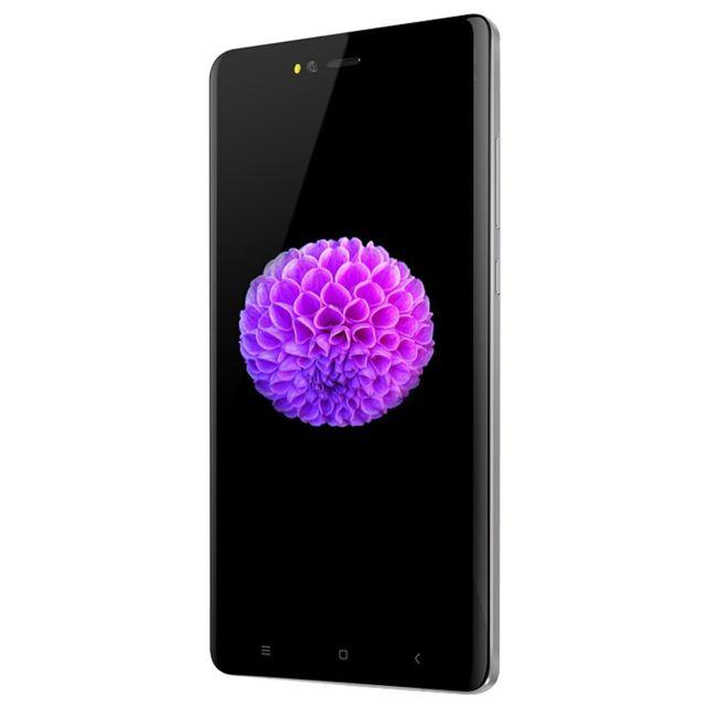 Auto-hightech Smartphone quad core 4.5 pouces avec Android 5.1, 3G, Gps et WiFi