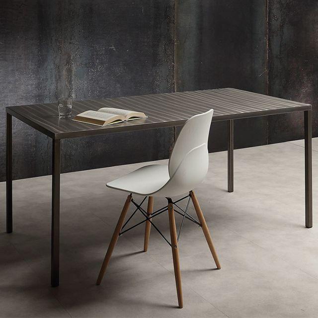 Nouvomeuble Table à manger design en acier Adamo