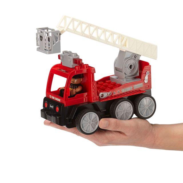REVELL RC-Junior Camion Pompier REVELL CONTROL JUNIOR : Une gamme RC pour les plus petits. A partir de 3 ans. Quelques accessoires à monter rapidement. Ludique (pas de batteries) et simple d'utilisation