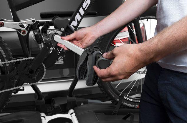 Thule - Porte 2 Vélos Sur Attelage Easyfold 933 Xt 2