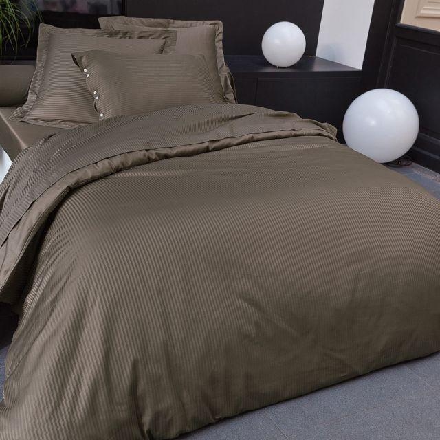 tradition des vosges housse de couette unie satin jacquard pas cher achat vente housses de. Black Bedroom Furniture Sets. Home Design Ideas