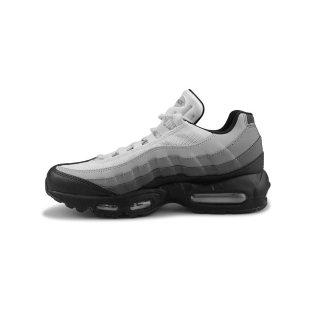 nike air max 95 essential noir 749766-022