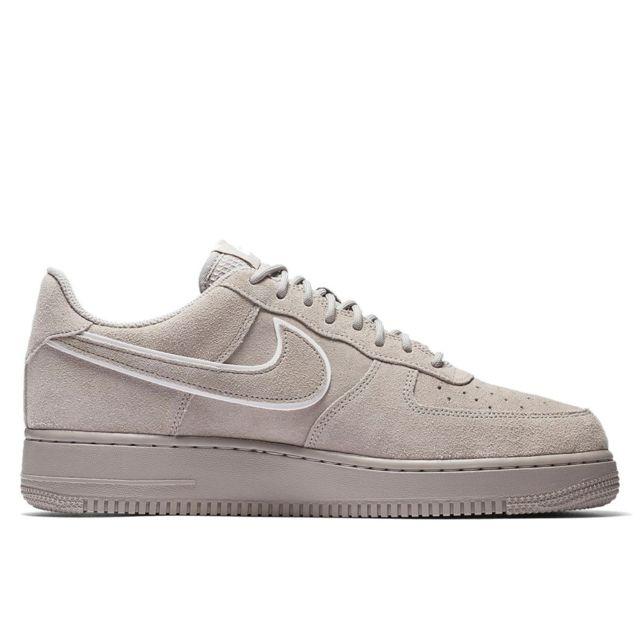 Nike Basket Air Force 1 07 Lv8 Suède Aa1117 201 pas