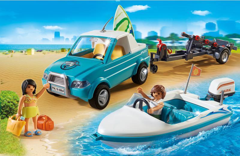 Voiture avec bateau et moteur submersible - 6864