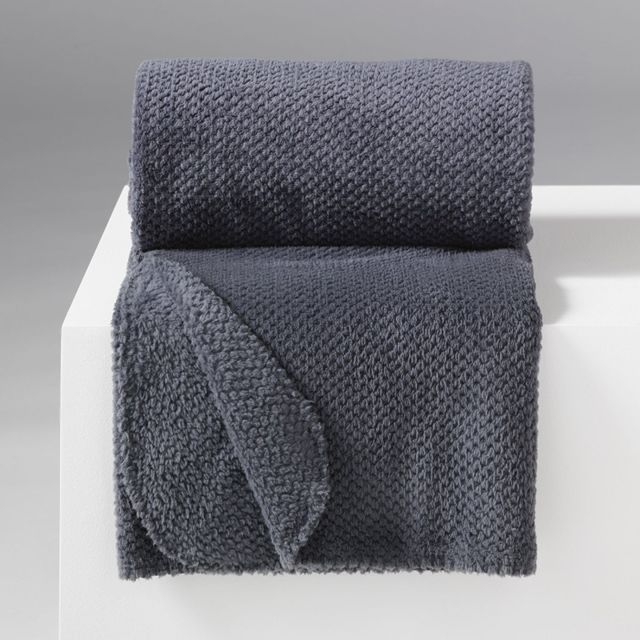 douceur d 39 interieur jet de canap 125 x 150 cm flanelle jacquard calinou anthracite. Black Bedroom Furniture Sets. Home Design Ideas