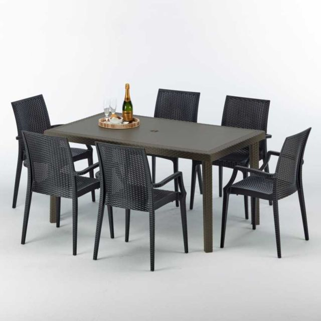 grand soleil table rectangulaire 4 chaises poly rotin bistrot arm anthracite noir pas cher. Black Bedroom Furniture Sets. Home Design Ideas