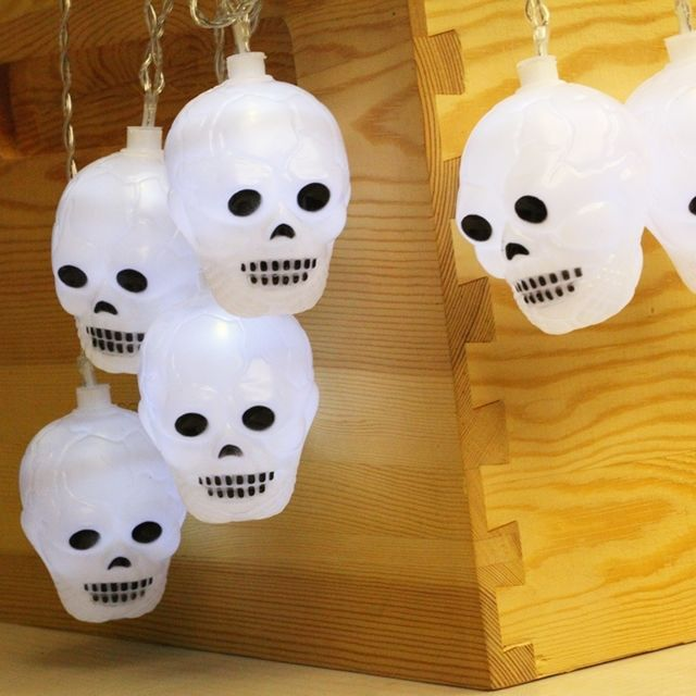 Wewoo 2.5m tête de mort Design lumière blanche et chaude, série de lumières à Del de la série Halloween, 20 Leds, 3 piles Aa,