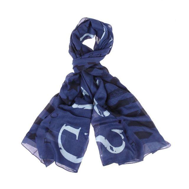 508f03c5f239 Guess - Chèche Guess en viscose bleu marine à imprimé drapeau américain