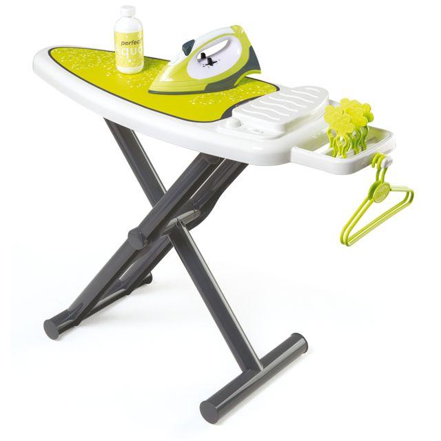 smoby table repasser centrale vapeur 330104 pas cher achat vente cuisine et m nage. Black Bedroom Furniture Sets. Home Design Ideas