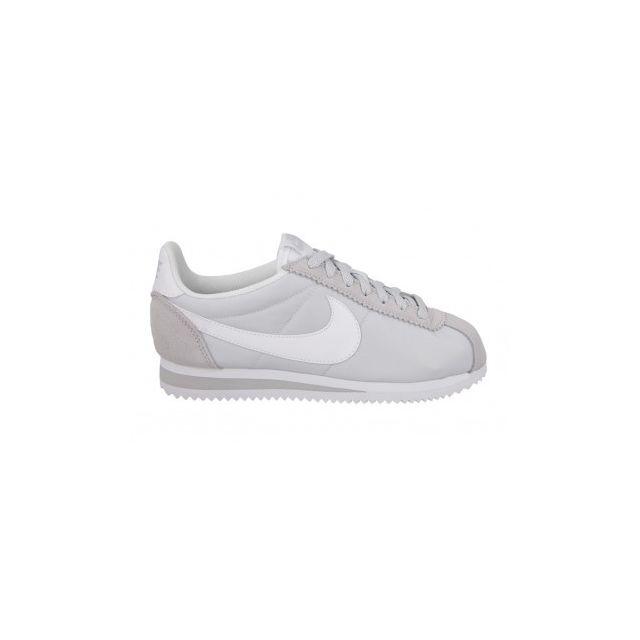 best service 8e364 7f832 Nike - Classic Cortez Nylon - 749864-010 - Age - Adulte, Couleur - Gris,  Genre - Femme, Taille - 40,5 - pas cher Achat  Vente Chaussures basket -  ...