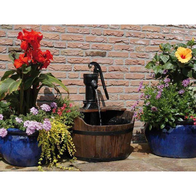 Ubbink - Fontaine de jardin rustique New Castle pompe à bras - pas ...