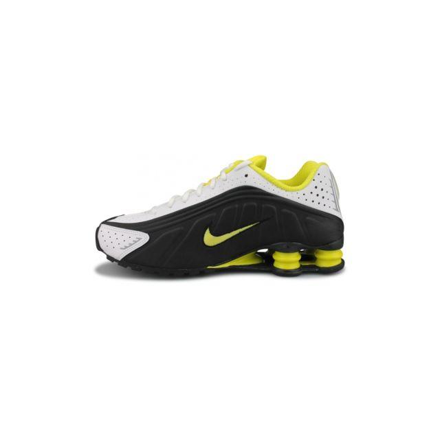 Nike Basket Shox R4 Noir 104265 048 pas cher Achat