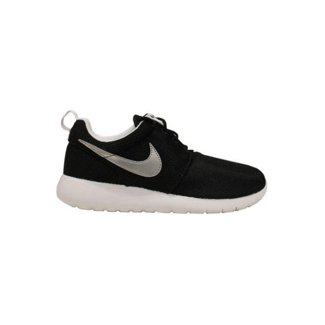 Nike Basket Roshe One Junior Noir 599728 021 pas cher