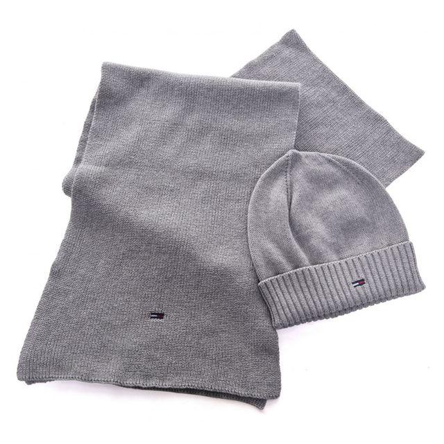 788bb802fecf Tommy Hilfiger - Pack bonnet et écharpe homme gris en coton - pas cher Achat    Vente Casquettes, bonnets, chapeaux - RueDuCommerce