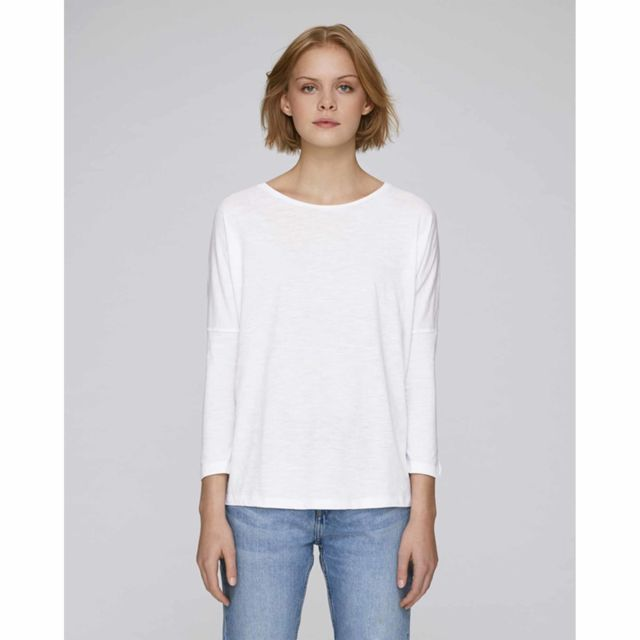 dee7bf9883ca ... Made In Bio - Tee shirt léger femme coton bio épaules dénudées manches  longues col rond ...