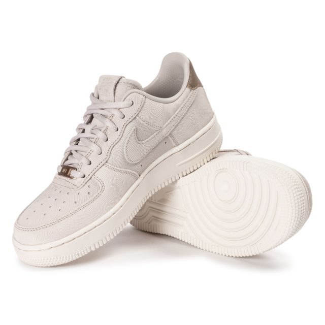 Nike Air Force 1 Premium Suede Gamma Grey Baskets Femme