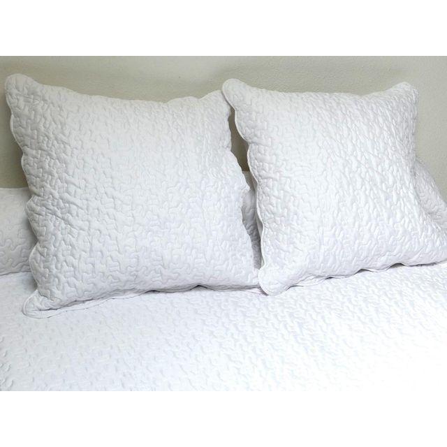 Soleil D'OCRE   Couvre lit Boutis uni blanc 240x260 cm avec 2
