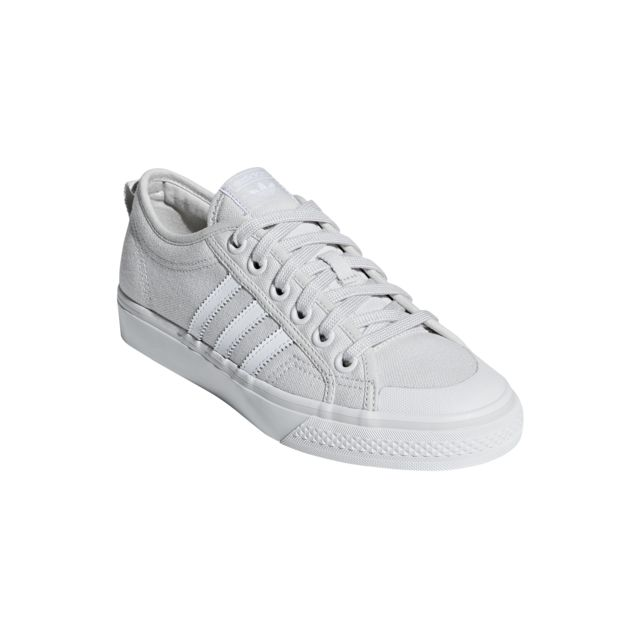 Nizza Achat Pas Cher Adidas Femme Chaussures Vente e9YHWED2Ib
