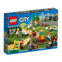 Lego - Le parc de loisirs - Ensemble de figurines City - 60134