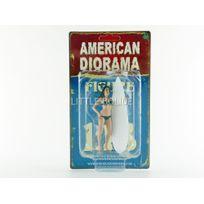 American Diorama - Figurines Surfeuse Casey - 1/18 - 77439
