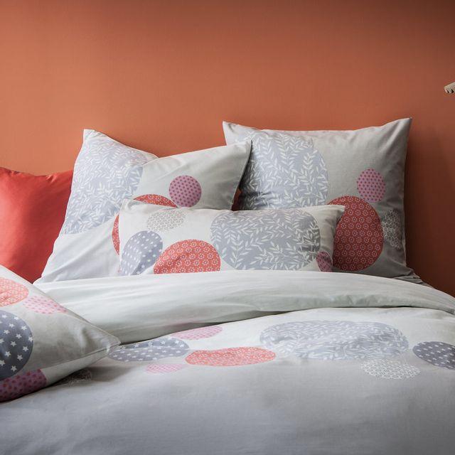 matt housse de couette 240x220 coton imprim cercle motif fleuri japonisant gris et rouge. Black Bedroom Furniture Sets. Home Design Ideas