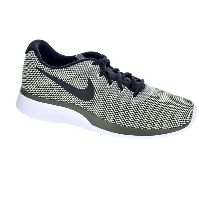 the latest 7c2b3 778a1 Nike - Chaussures Nike Homme Baskets basses modele Tanjun