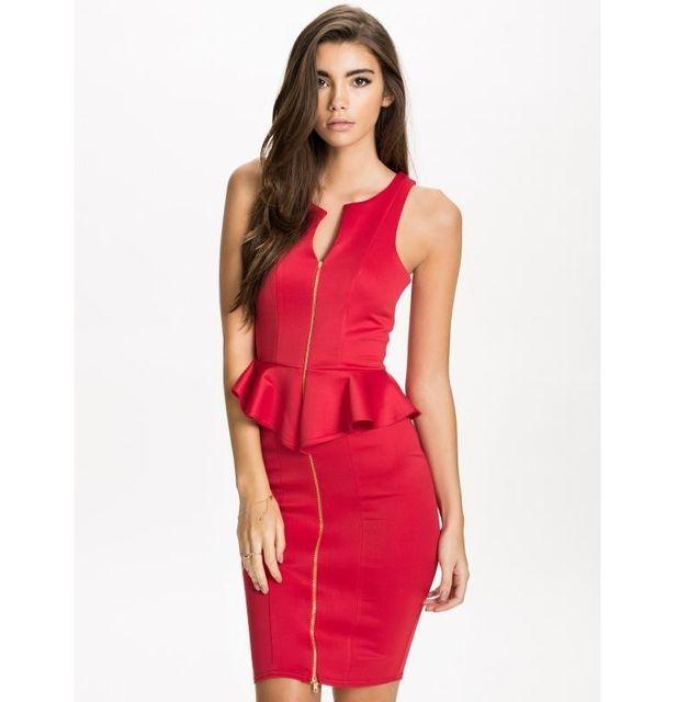 b8c342395b7 Fashion Mode 45 - Robe courte rouge à volant Couleur - Rouge