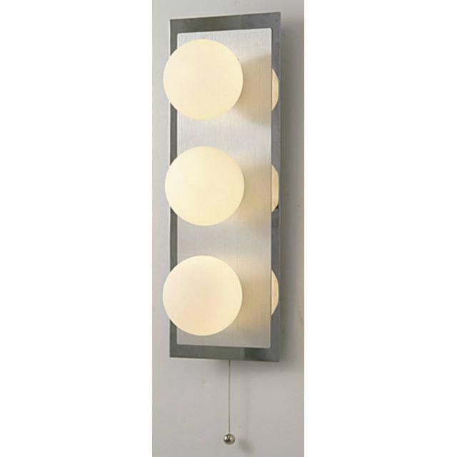 Luminaire Center Applique murale Ip44 Globe avec interrupteur à tirette 3 Ampoules In chrome poli/verre opal