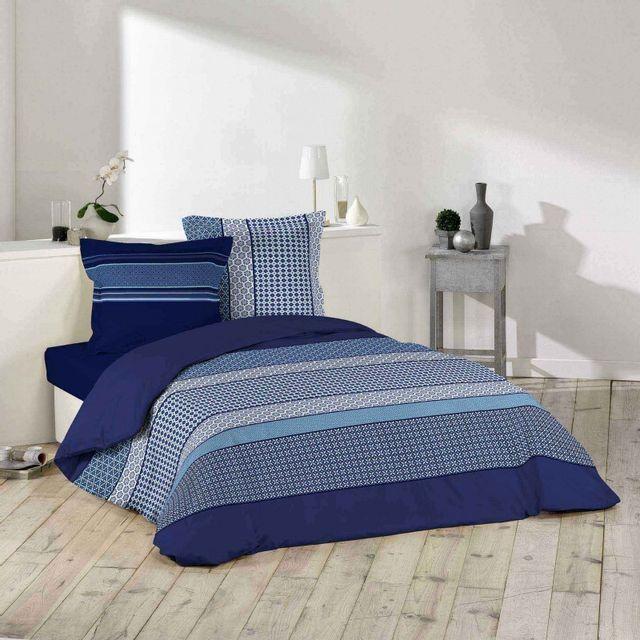 paris prix parure de lit 3 pi ces damara 220x240cm bleu nc pas cher achat vente parures. Black Bedroom Furniture Sets. Home Design Ideas