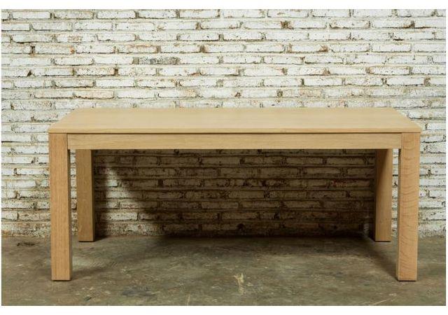 Declikdeco Laissez-vous tenter par cette grande Table A Manger Extensible Chêne Massif 90x180/235 Cochran. Avec sa possibilité de s