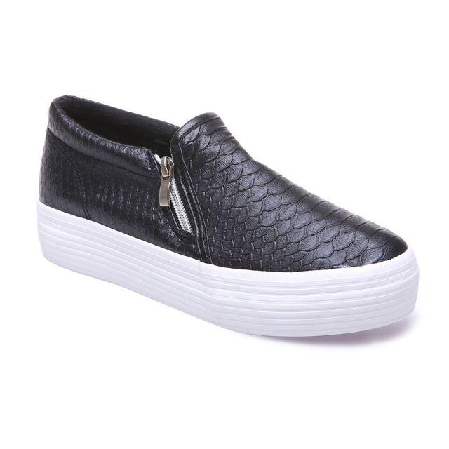 Lamodeuse - Slip-on aspect crocodile noires à plateforme 38 - pas cher Achat    Vente Baskets femme - RueDuCommerce 591549c3c6f1