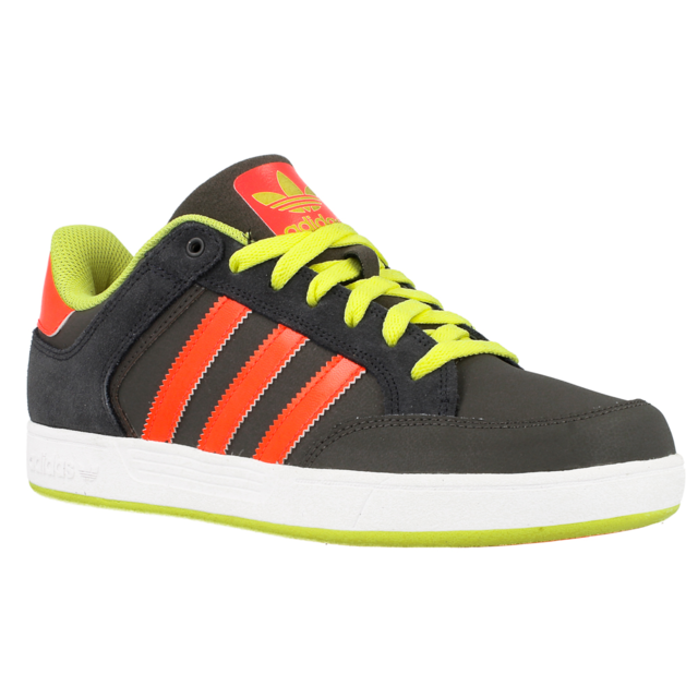 Adidas Varial Low pas cher Achat Vente Baskets homme