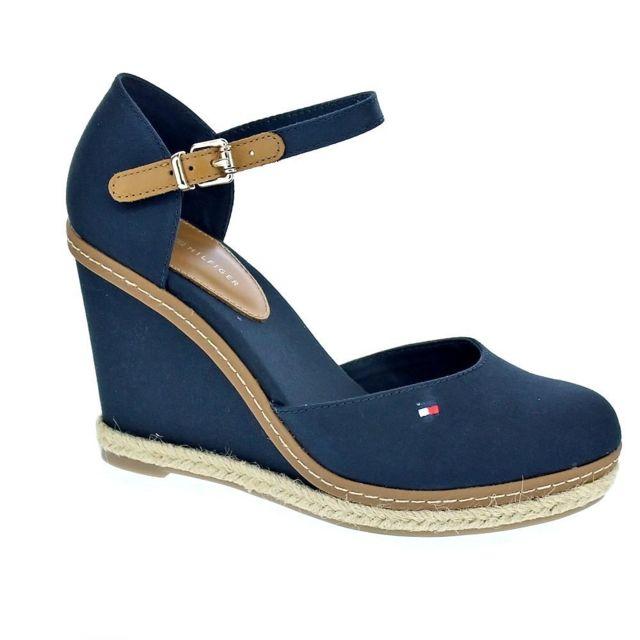 73197cc19081 Tommy hilfiger - Chaussures Femme Sandales modele Basic Closed - pas ...