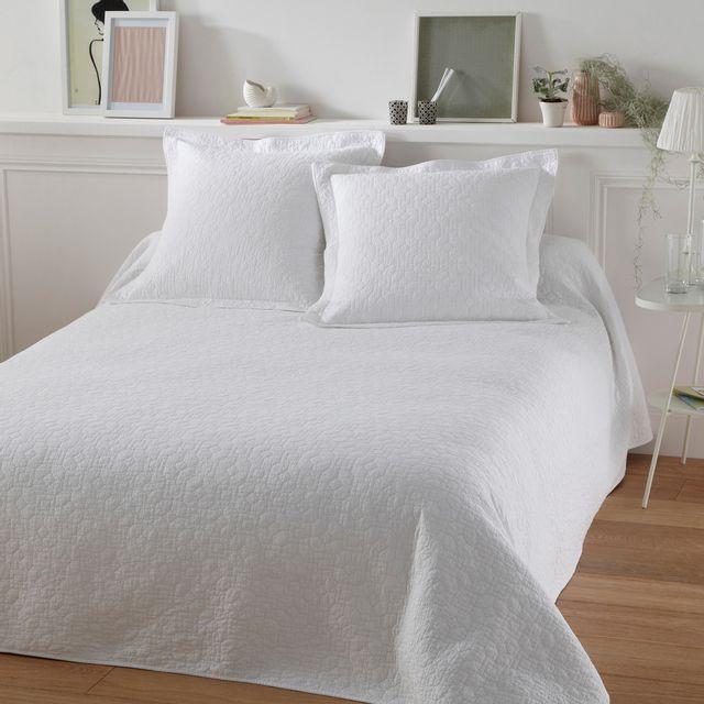 ff2018e77dc1 Tradition Des Vosges - Soldes couvre-lit lulu blanc 3P-240X260 Blanc ...