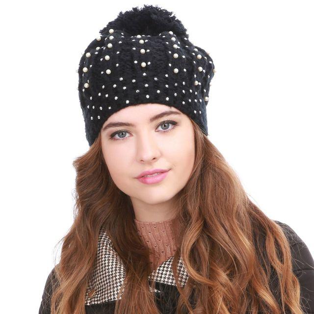d8a905e55ffe Lamodeuse - Bonnet noir avec pompon strass et perles - pas cher .
