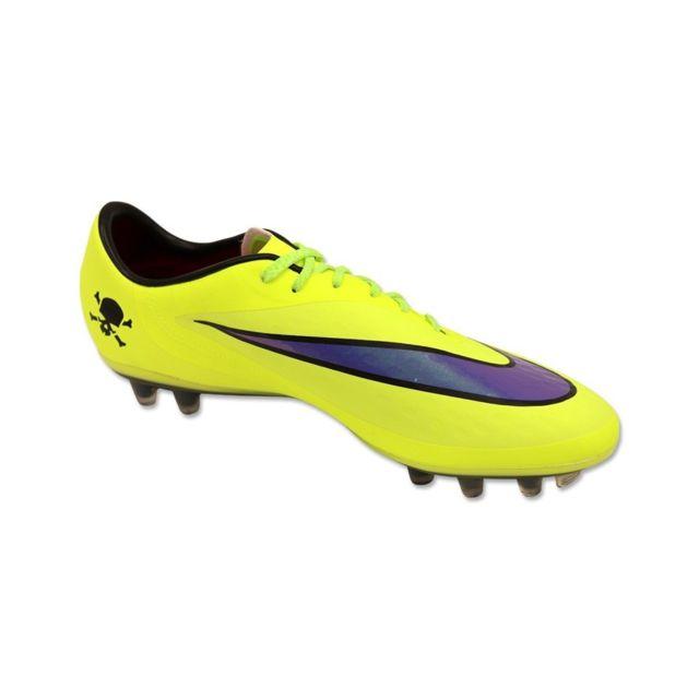 chaussure foot nike 42