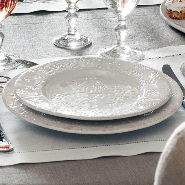 Comptoir de famille - Assiette à dessert blanche faience estampes ...