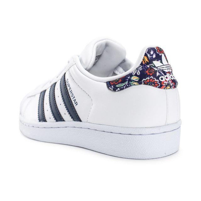 Adidas originals - Superstar Farm Company Blanche Et Bleu ...